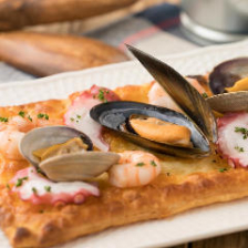 海鮮BACUピザ