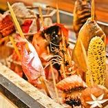 【理由:2】究極の炭火焼料理『原始焼き』も食べれます!