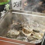 牡蠣のガンガン焼き 潮の香りのする名物料理多数ございます。