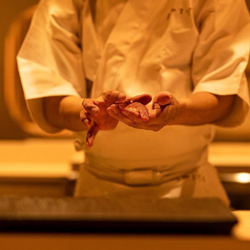 職人の握る寿司食べ飲み放題1