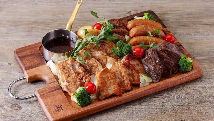 5種のステーキを楽しめるセットはお家パーティーにぴったり