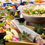 ヤリイカ活き造りと博多名物もつ鍋が両方楽しめるコースもご用意しています