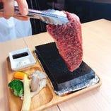 スイス料理、馬肉のグリル!黒毛和牛イチボステーキもお勧め!