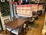 全席テーブル、禁煙席です。(店頭に灰皿はございます)