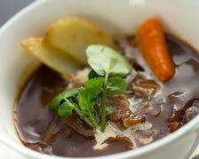 馬骨スープ仕込みのお料理