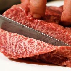 肉屋直営の炭火焼肉 甲州 天山