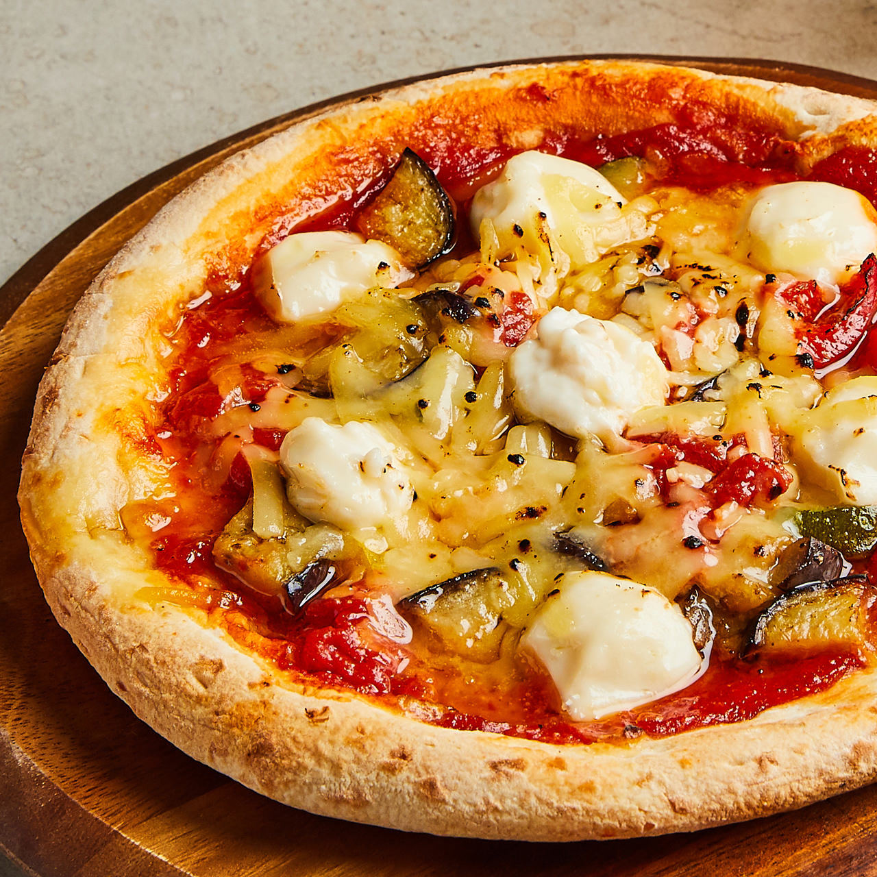 動物性食品不使用のヘルシーピザ