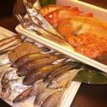 【刺身、煮魚、焼魚・・・とにかく鮮魚が美味しいお店!!】 本州最南端「和歌山県串本」の漁師さんと提携しております。①水揚げ後、翌日には店舗に納品!!②定置網漁だから魚の質が違います!!