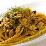 イワシをラグーにして、サフランで香りつけしたスパゲティ シチリア風