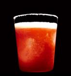 チリウォッカ×フルーツトマトのブラッディマリー