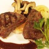 「ジビエ」 クマや山羊、猪など、野性味溢れる料理をご提供