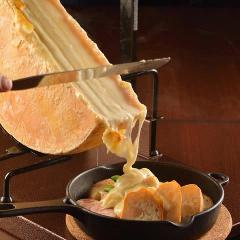 肉バルチーズ チーズスクランブルスクエア 新宿東口店