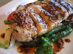 厚切り白金豚ロース肉と季節の野菜の網焼き