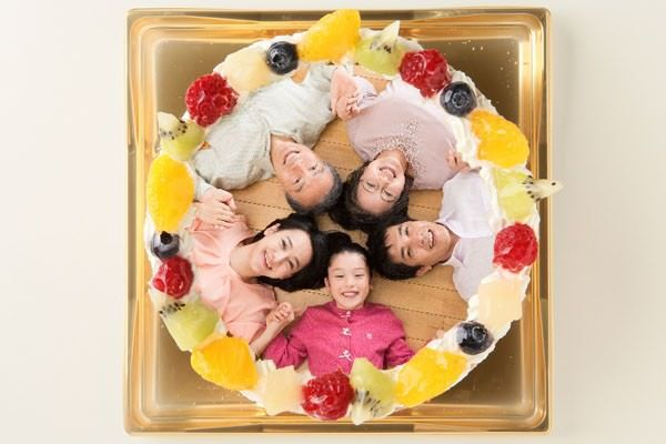 【お祝いに】オーダーケーキでサプライズ♪
