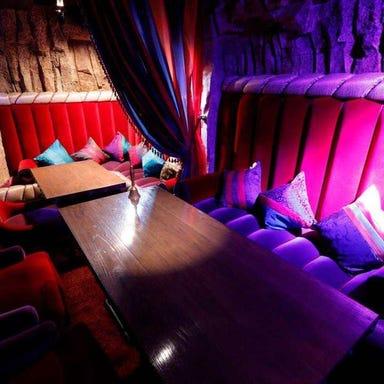 MAHOU DiningBar OSMAND  店内の画像