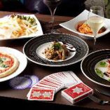 おいしい料理を食べながらテーブルマジックの観覧できるスペシャルプラン