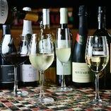 料理に合うワインはスタッフまでお問い合わせください