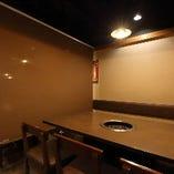 4名様×1卓、6名様×1卓/テーブル席|半個室空間で落ち着いたお食事のひと時