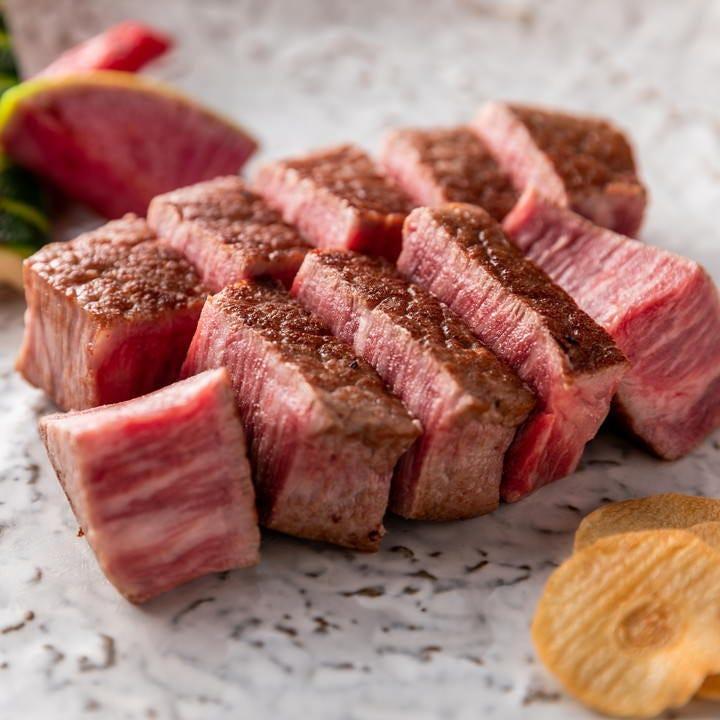 ウエットエイジングという熟成方法で出来上がった芸術的なお肉