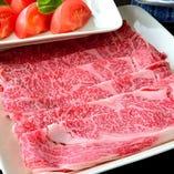 料理長厳選の黒毛和牛リブロース使用!名物トマトすき焼き