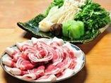 滋味深い天然の 牡丹肉と京野菜