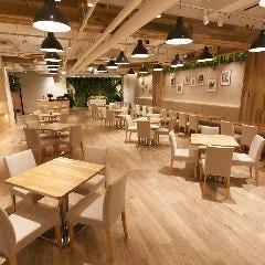 青山 Green Grass Cafe 【グリーングラスカフェ】