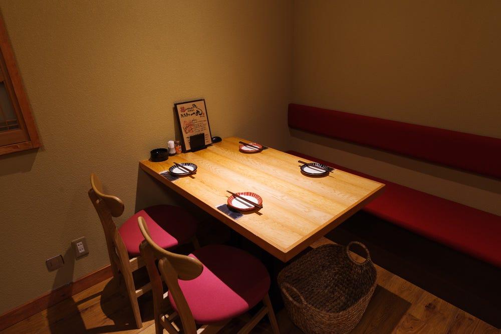 テーブル席・2名様~26名様