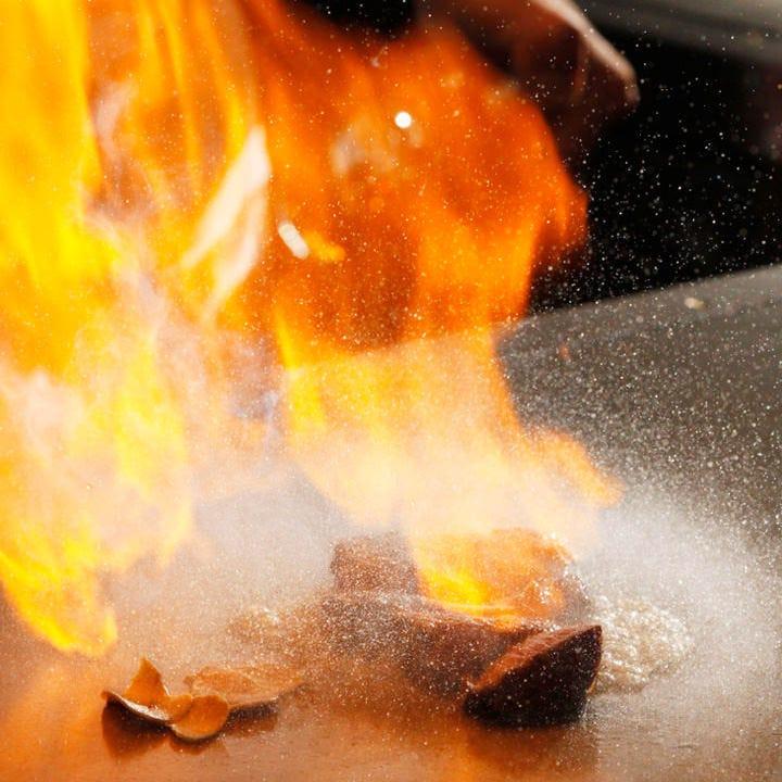 80年以上にわたり受け継がれる匠の技が光る、鉄板焼きを堪能!