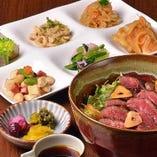 ステーキ丼(おばんざいビュッフェ付)