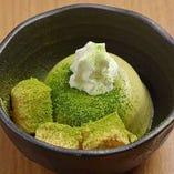 抹茶杏仁豆腐とわらびもち(『芳香園製茶』宇治抹茶使用 )