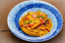 夏野菜のカレーミートソース