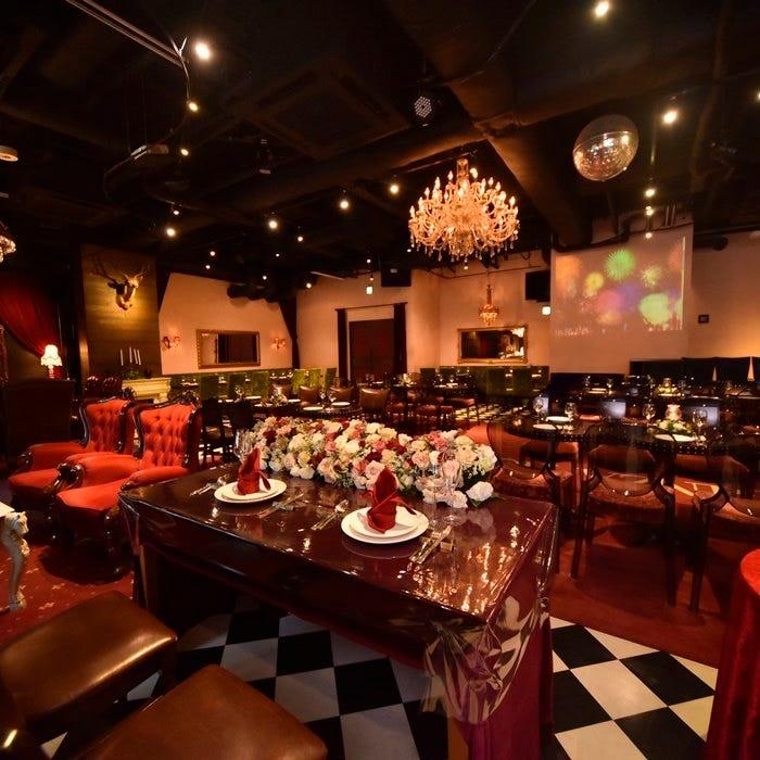 N.Yに実在する人気ホテルのラウンジをイメージしたオシャレ空間