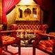 英国アンティーク家具を配したVIP席は記念日に最適!