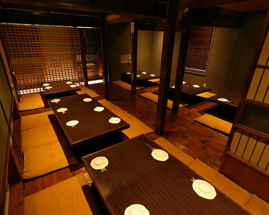 襖や簀垂れで部屋アレンジ可能! 大小の個室のご用意ございます