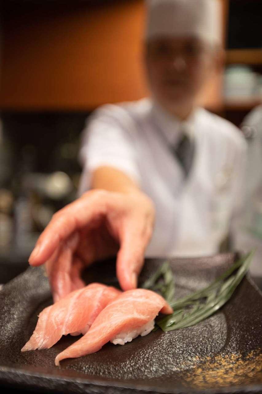 「松葉寿司」