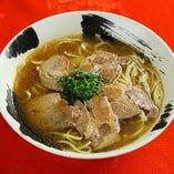叉焼麺 <チャーシュー麺>