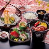ランチ限定☆ 刺身と鶏の陶板焼き、天ぷらとご飯もお味噌汁もついた限定御膳「佐島漁師定食」