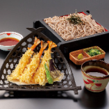 ランチ限定☆ さくさく天ぷらにお蕎麦の「つけ海老天3本セット」