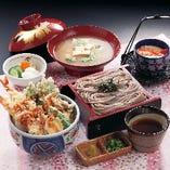 ランチ限定☆ 寿司屋の名物「天丼そばセット」