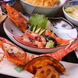 味、食感とともに、香りを存分に愉しめる『海老の食べ比べ