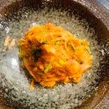 紅ズワイガニと野菜のトマトクリームパスタ