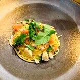 白身魚とフレッシュトマトのスパゲティ
