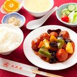糖醋丸子(甘酢肉ダンゴ)定食