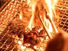 自慢の炭火で焼いた比内地鶏は絶品♪