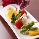 焼くと甘味の増す野菜も絶品です