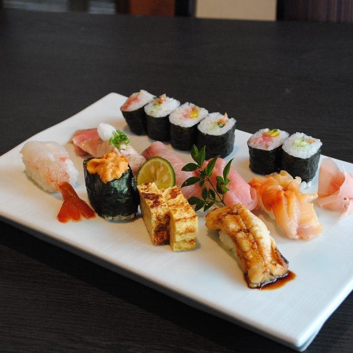 10種類以上の江戸前寿司をご賞味あれ