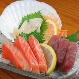 今が旬の本日のお刺身が日替わりでご堪能いただけます【北海道】