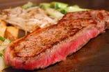 上質のステーキをジューシーに焼き上げます!