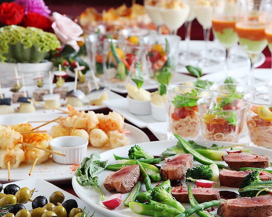 本格スペイン料理で美味しいパーティ 立食は最大60名様まで可能
