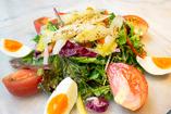 白アスパラガスとフルーツトマトのミックスサラダ
